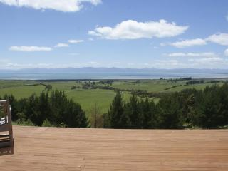 Miranda Cottage - New Zealand vacation rentals