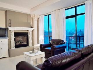 Oceanfront Downtown Penthouse, Victoria