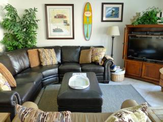 Enjoy our Comfortable Living Room w/Leather Sofas, Flat Screen TV