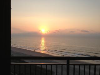 Family-friendly oceanfront condo with 5 pools, North Myrtle Beach