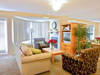 Across from the pier with free parking, walk to re, San Clemente