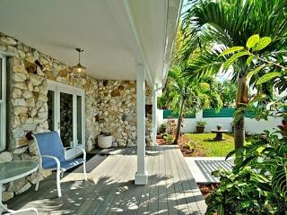 Island Elegance ~ Near The Beach ~ Monthly Rental, Key West
