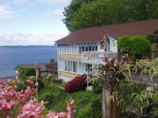 Private, Secluded, Spectacular View 2Bdr, Seattle