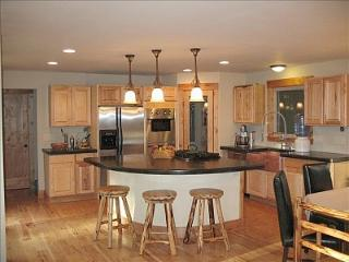 Secluded Spacious Mtn Home! Spectacular View!, Boulder