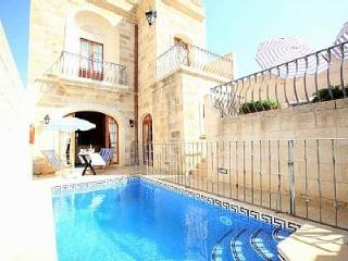 Gorgeous  Private Jacuzzi  Pool AC Fully Equipped Free WIFI - Sanat vacation rentals