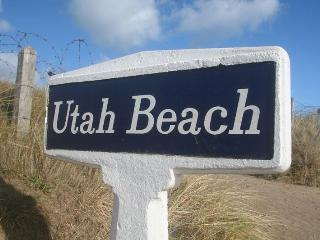 Beach House Actually ON Utah Beach Normandy. - Sainte-Mere-Eglise vacation rentals