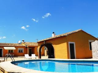 Costa blanca. 3 bedrooms. Private pool. A/C. Wi-Fi, Jalon
