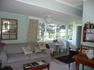 2 bedroom Top Cottage 5 mins from Havelock  Nth, Havelock North
