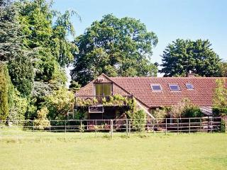 UPLANDs all first floor, balcony with views, close to major towns in Sherborne Ref 19980