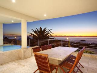 On Victoria Penthouse, Camps Bay