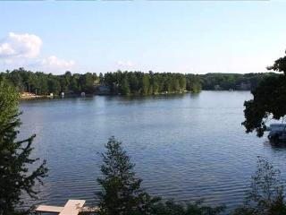 Wisconsin Dells Luxury 3 BR Condo on Lake Delton