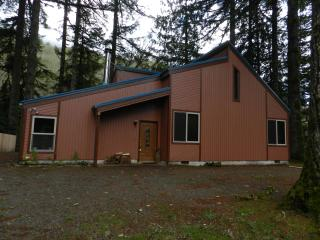 Trask River Retreat - Tillamook vacation rentals