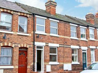 NUMBER 15, town centre cottage, cosy accommodation in Shrewsbury Ref 18078