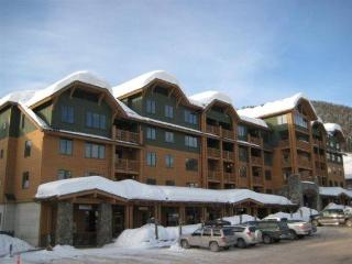 Ski in/out Luxurious Condo, Whitefish Mtn Resort