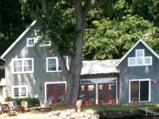 Keuka Lake:  Private, Updated, Steps to the Water!, Keuka Park