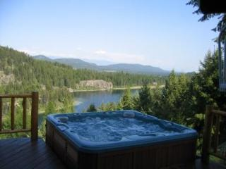 Spectacular 4 Bedroom Log Home on Bootjack Lake, Whitefish