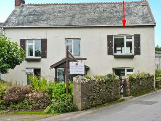 HILLYMOUTH, pet-friendly apartment, garden, games room, in Lincombe near Ilfracombe Ref 19625