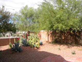 CHARMING HOUSE IN PRIVATE CUL DE SAC, Phoenix