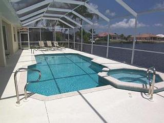 Michaela - 3b/2ba Cape Coral Vacation Home, SW Cape Coral, Gulf Access Canal, Southern Exposure, Pool Table,