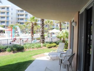 wsa108, Waterscape Resort, Ground Level near Pool, Fort Walton Beach