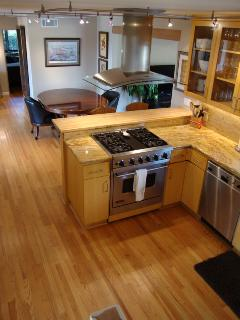 Open Concept Kitchen, Breakfast and Bar, Granite, Stainless Steel, Stocked
