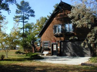 Valhalla on Castle Rock Lake, near WI Dells - Arkdale vacation rentals