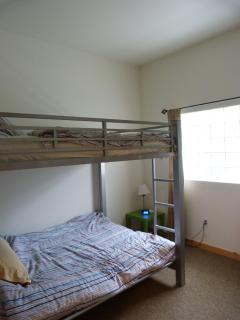 Full size double bunk in second bedroom