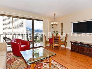 Four Paddle #2311 - Mountain view 1-bedroom with full kitchen, AC, washer/dryer, WiFi, parking. - Waikiki vacation rentals