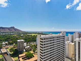 Waikiki Sunset #2904 - Ocean views - 1 bedroom, AC, WiFi, pool, parking. Close to beach. Sleeps 4. - Waikiki vacation rentals