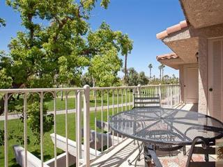 BEST LOCATION, BEAUTIFUL MESQUITE GOLF CONDO, Palm Springs