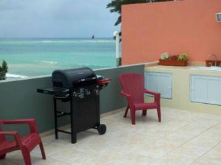 Rooftop Terrace! 2 Bedroom Condo On Luquillo Beach