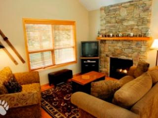 Fairway's Cabins and Cottages - Cottage 12, Sun Peaks