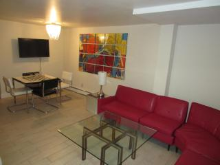 Andy Warhol designer apartment, Asbury Park, NJ - Asbury Park vacation rentals