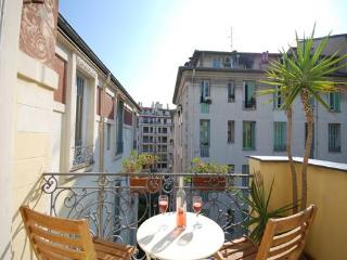 Fresco- Romantic 1 Bedroom Apartment in Great Area, Nice