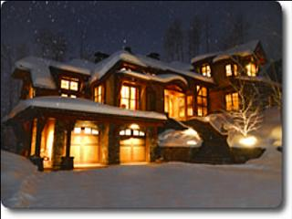 Magnificent Two Creeks Retreat - Slopeside Views (1345), Snowmass Village