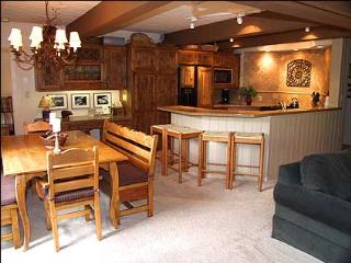 Snowmass Village - Slopeside Condo (2138)