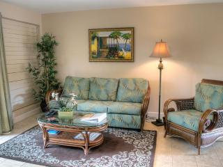 Beautiful remodeled condo in oceanfront complex!, Lahaina