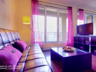 Pink Suite | Furnished Corporate Apt | Montreal