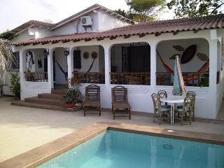 Houses for rent in Playas Villamil - Ecuador