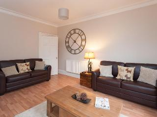 Raeburn Place Apartment - Edinburgh & Lothians vacation rentals