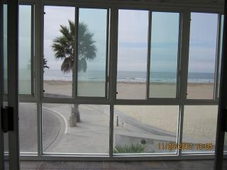 Location! Location! Oceanfront Pismo Beach Condo
