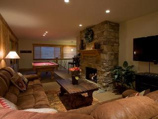 6bd/6bth Penthouse! 2 hot tubs, great location!, Park City