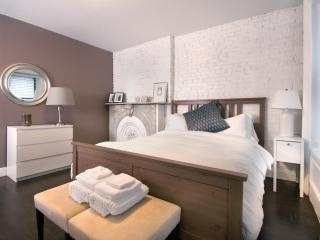 City Glam - LEGAL 4 Bedroom for a NYC Experience, New York City