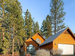 Highly Appointed Family Cabin Near Lake Cle Elum * Pool* AC *Summer Specials - Ronald vacation rentals