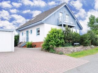 Vacation Home in Bromskirchen - 1162 sqft, modern, comfortable, spacious (# 3437)