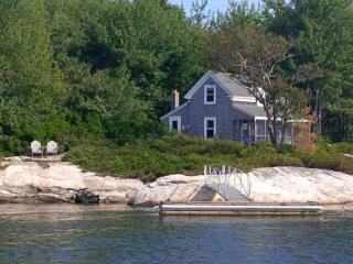 Scenic White Rocks Cottage on the Maine Coast, Georgetown