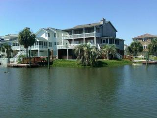 Canal Waterfront w/ Private Pool- 54 Scotland, Ocean Isle Beach