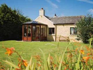 Pet Friendly Holiday Cottage - Glebe Cottage, Marloes, Pembrokeshire
