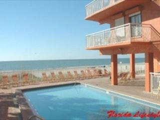Chateaux Condominium 208, Indian Shores