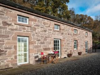 LOCHERLOUR MILL COTTAGE, Ochtertyre, Crieff, Perthshire, Scotland - Crieff vacation rentals